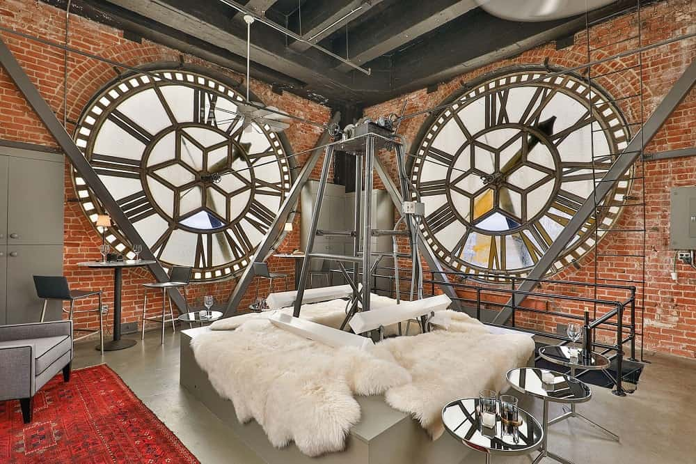 The main contraption of the clock in the center is furnished with white fur for comfortable seating. Images courtesy of Toptenrealestatedeals.com.
