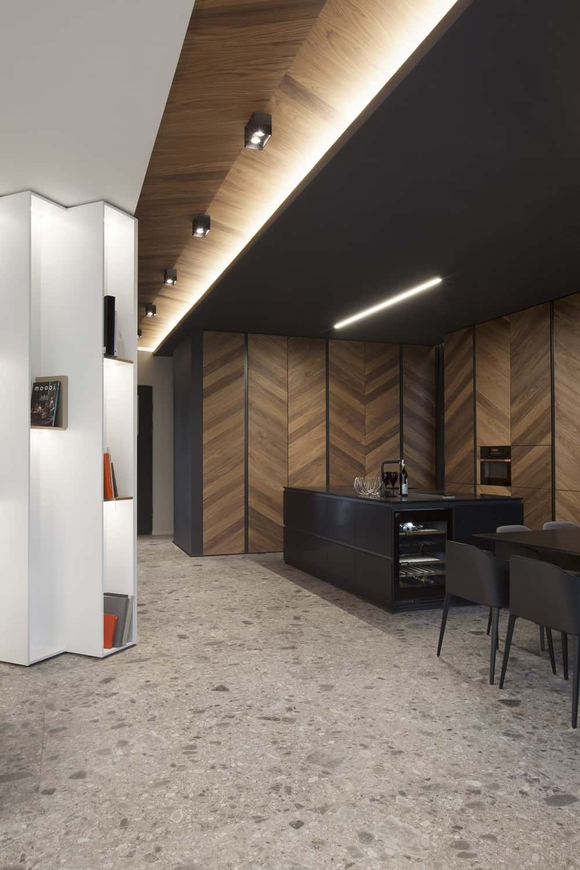 Eat-in kitchen in the SPV29 designed by ALL In STUDIO LTD.