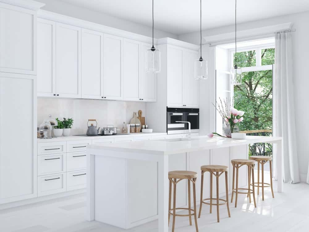 A beautiful and bright white kitchen.