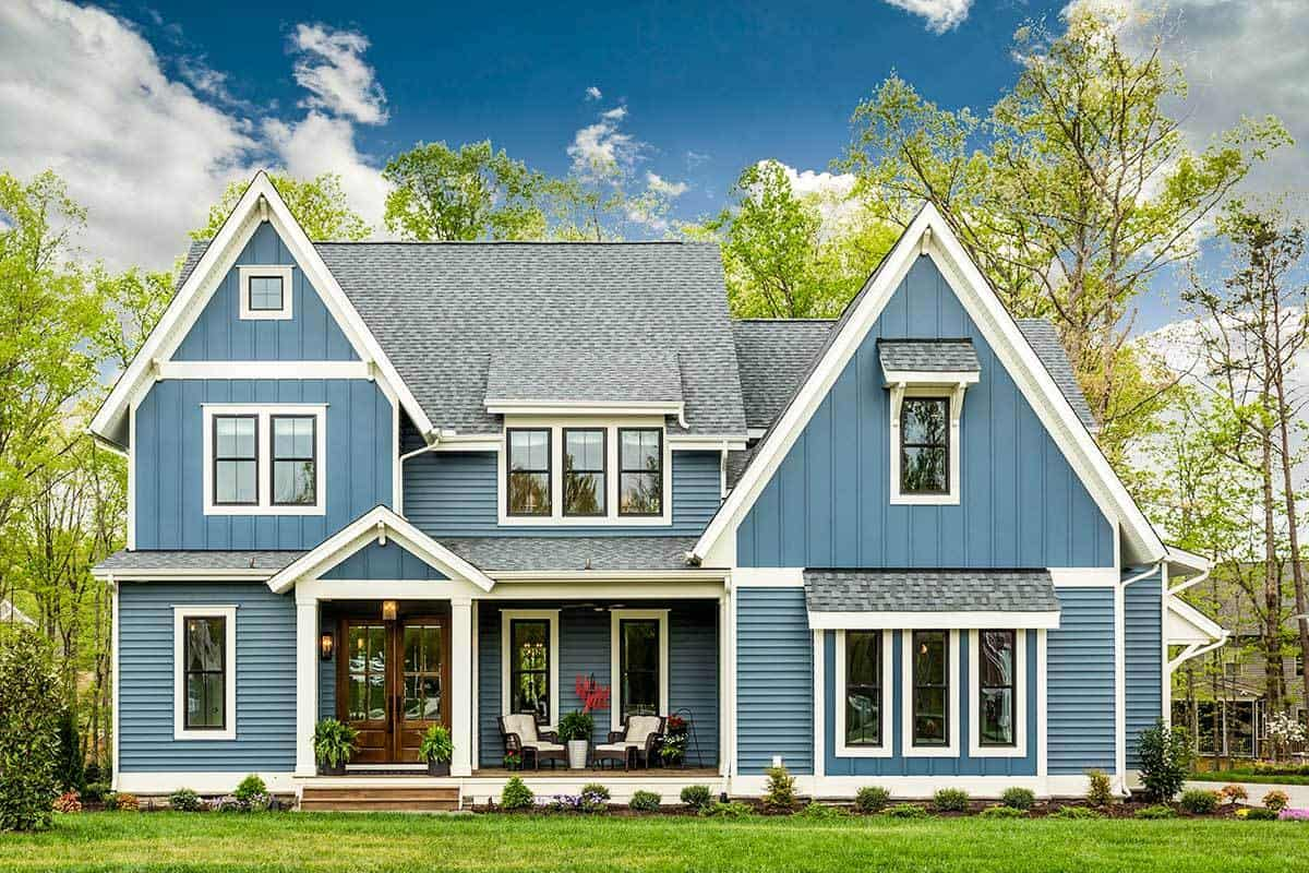 Two-Story 4 Bedroom Exquisite Modern Farmhouse
