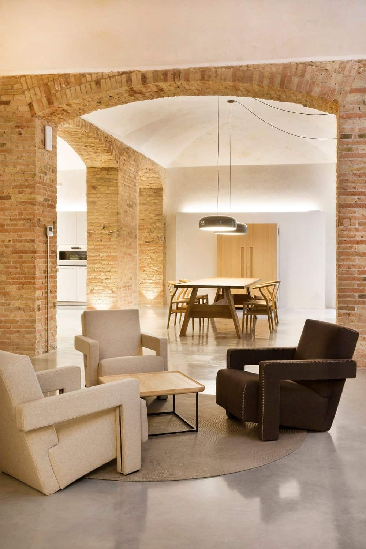 Sitting area in the Casa Burés designed by Estudio VILABLANCH + TDB Arquitectura.
