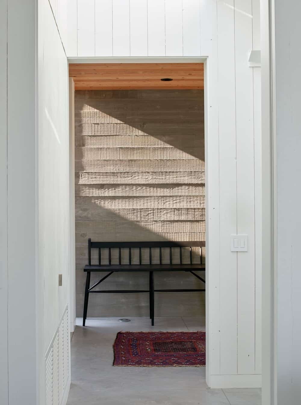 Entryway in the Modern-Day California Ranch House designed by Malcolm Davis Architecture.