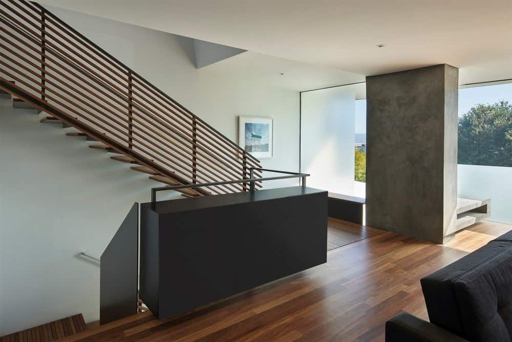 Foyer in the House on Hillside designed by Terry & Terry Architecture.