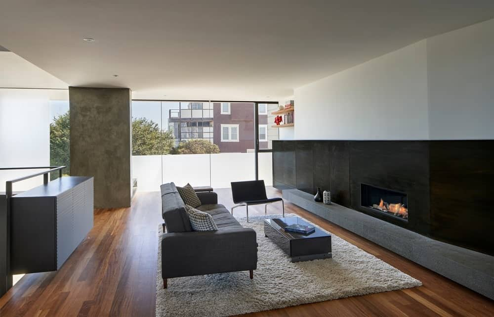 Living room in the House on Hillside designed by Terry & Terry Architecture.
