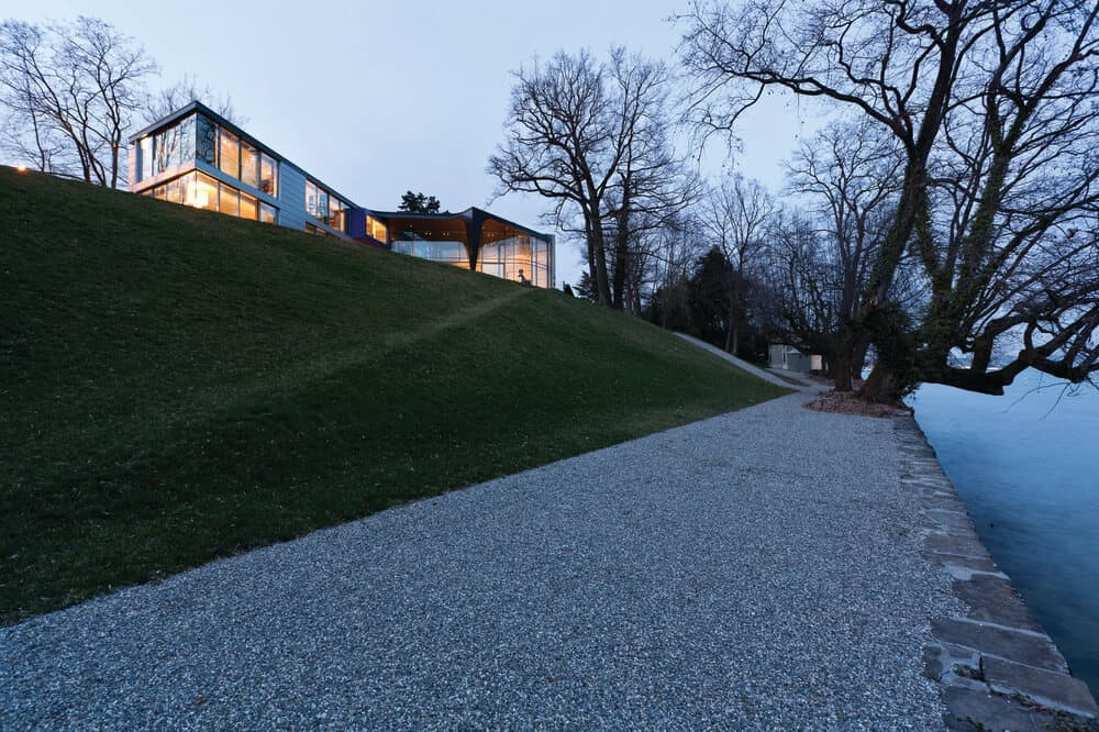 Street view of the Lake House designed by ARRCC.