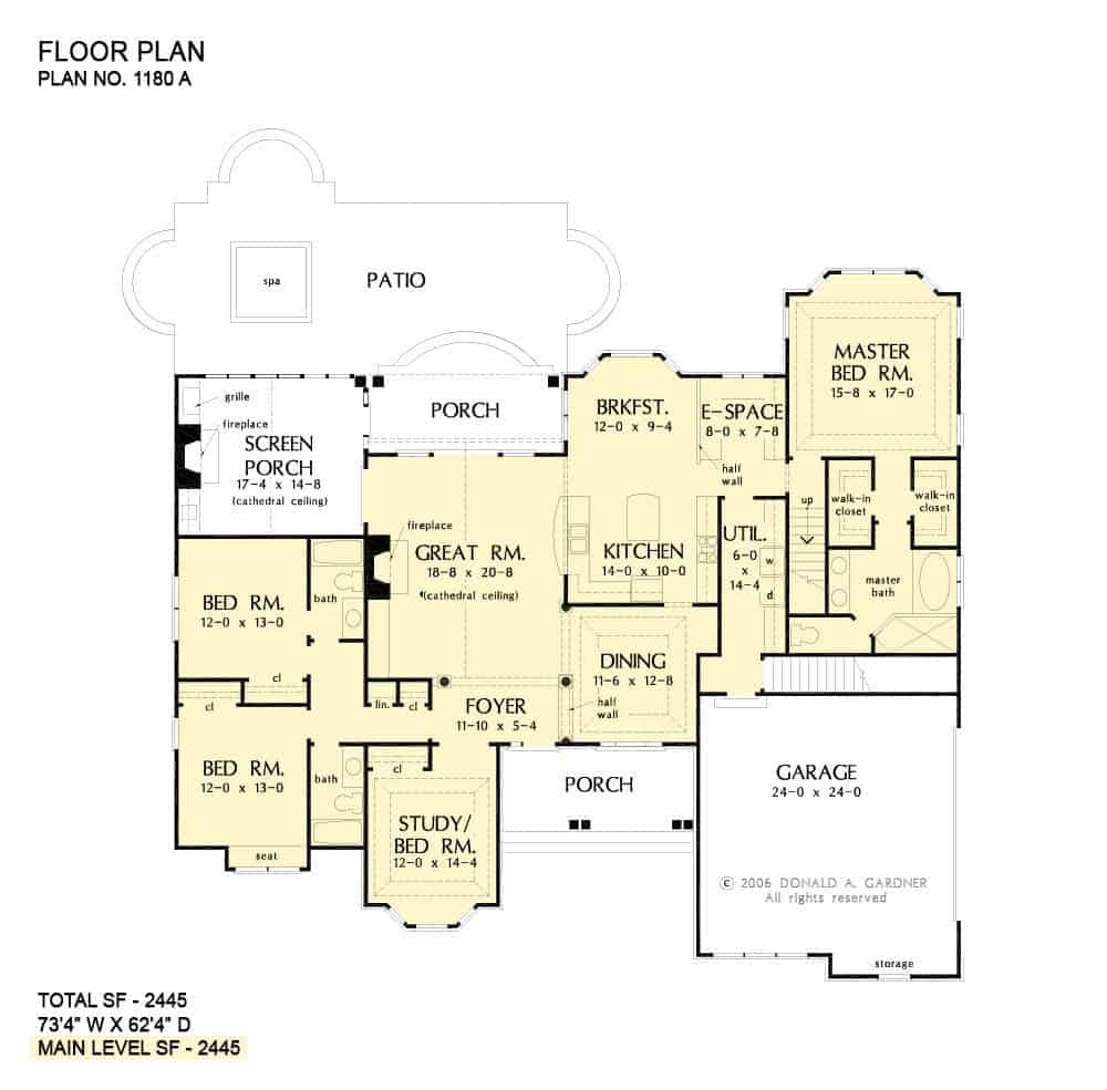 Main level floor plan with basement stairs.