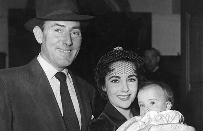 A close up photo of Elizabeth Taylor and Michael Wilding. Images courtesy of Toptenrealestatedeals.com.