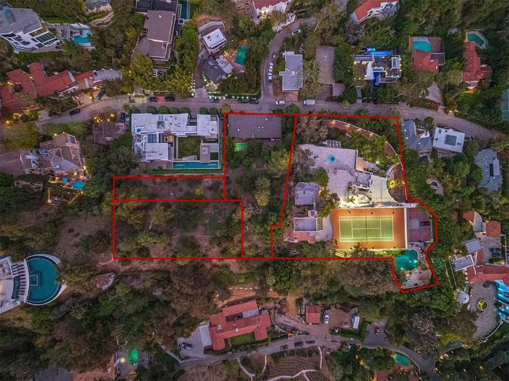 An aerial view showcasing the extent of the property including its landscaping. Images courtesy of Toptenrealestatedeals.com.