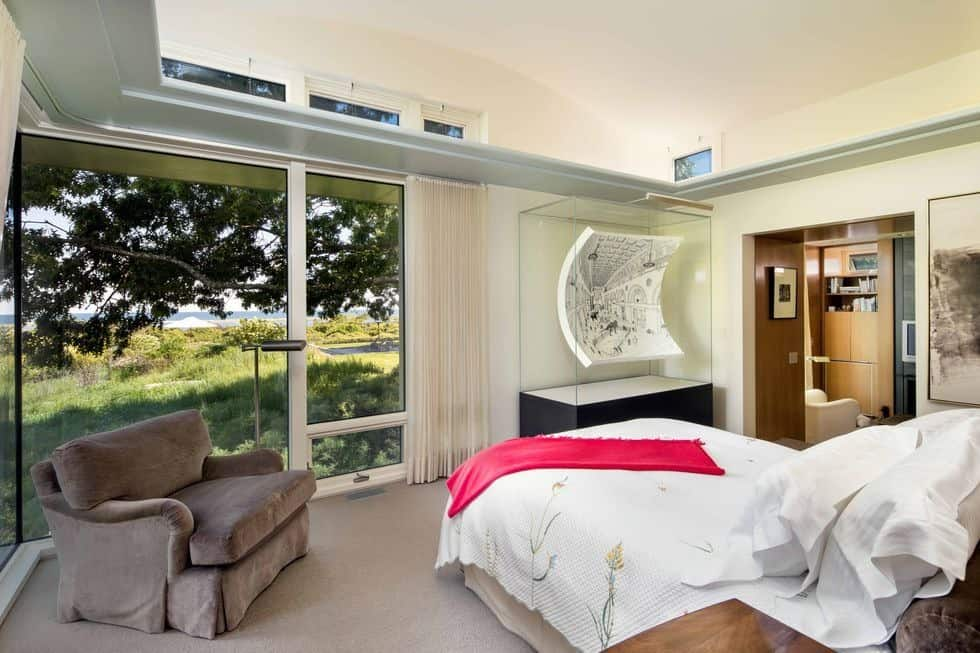 This bedroom suite offers a nice bed set with an armchair on the side. Images courtesy of Toptenrealestatedeals.com.