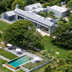 Aerial view of the house featuring its magnificent architectural style and amazing landscaping. Images courtesy of Toptenrealestatedeals.com.