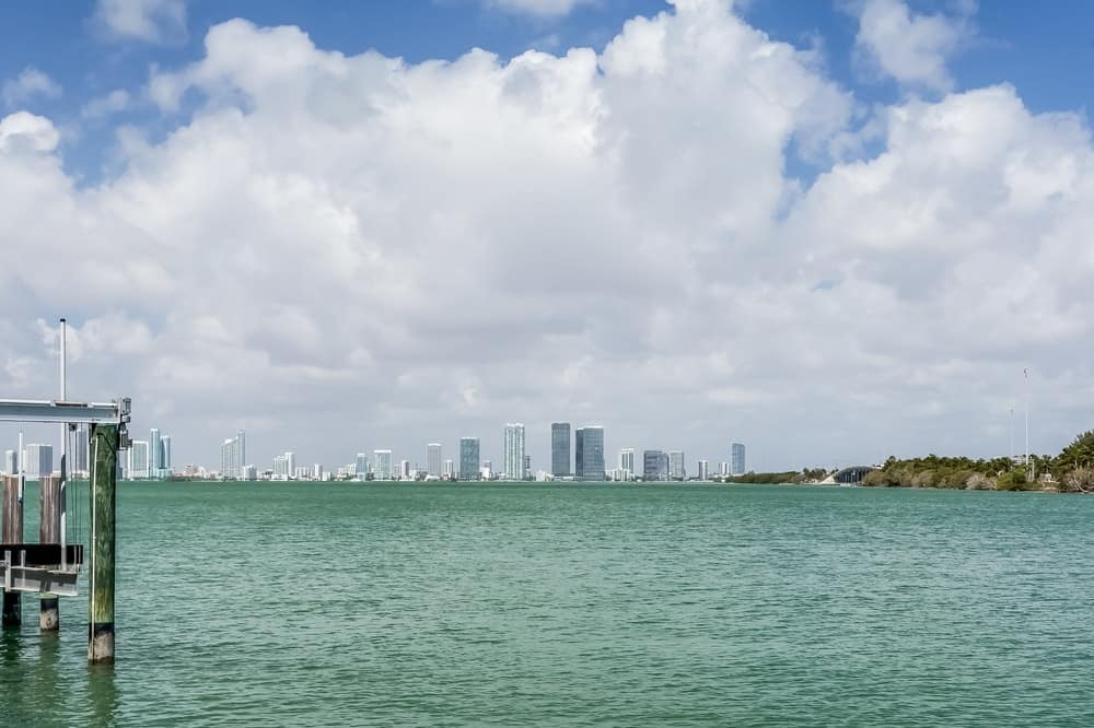 This is the beautiful water scenery of the property with a look at the city skyline of Miami Beach in the distance. Images courtesy of Toptenrealestatedeals.com.