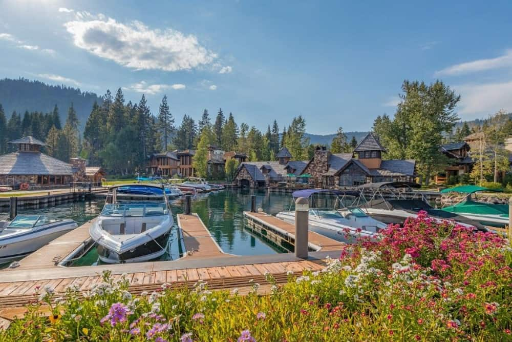 The property has a dockyard with lots of boats ready to explore the lake. Images courtesy of Toptenrealestatedeals.com.