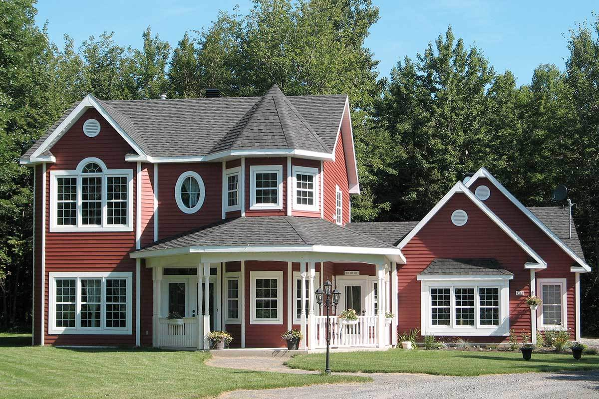 Two-Story 3-Bedroom Victorian Home with Enticing Veranda