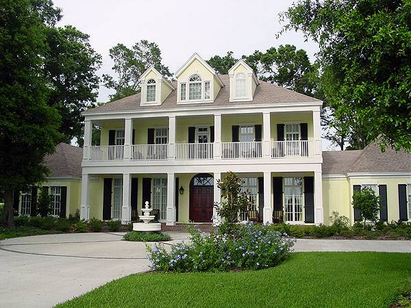 Two-Story 4-Bedroom Magnolia Place