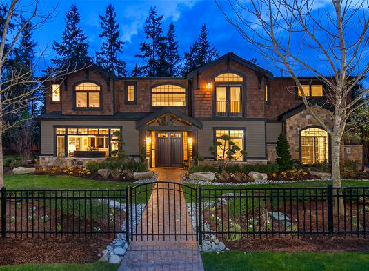 Two-Story 5-Bedroom Meydenbauer Home