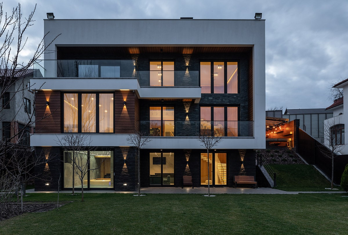 Focused look at this contemporary house's gorgeous and stylish exterior.