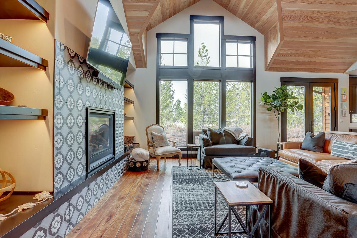 There are massive windows that bring an abundance of natural light in.