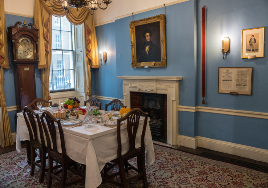 Charles Dickens Museum. Dining room of his georgian house on 48 Doughty Street in Holborn, London Borough of Camden (England, United Kingdom).