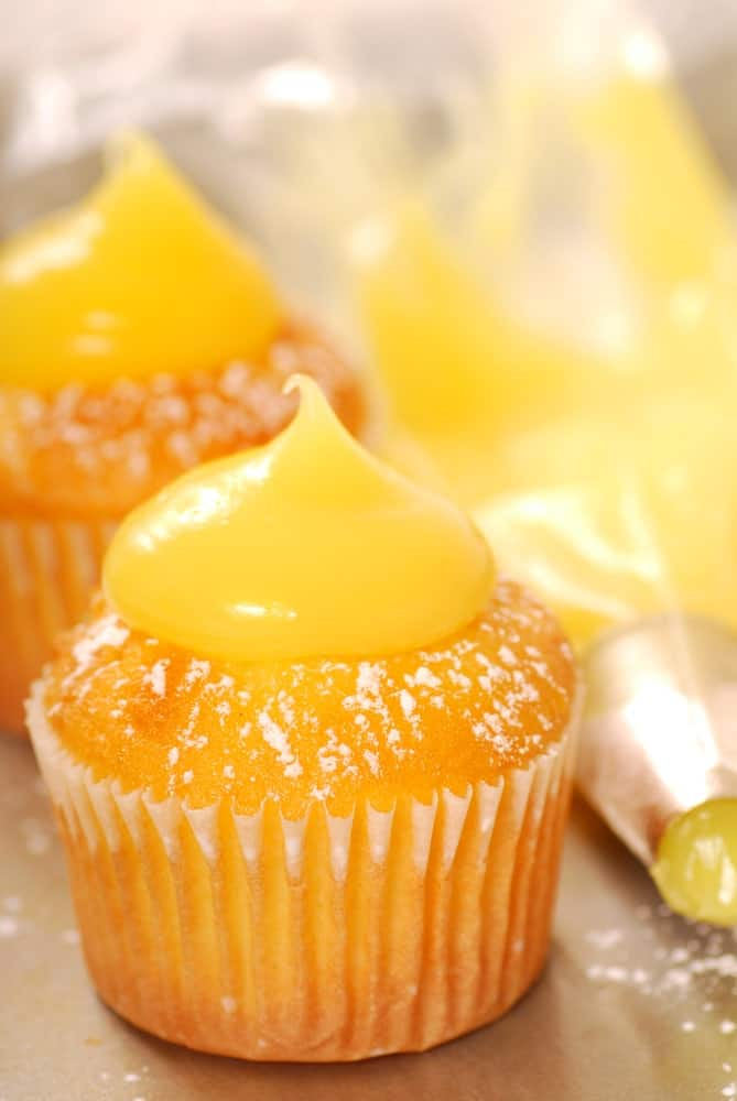Vanilla cupcakes with lemon curd frosting