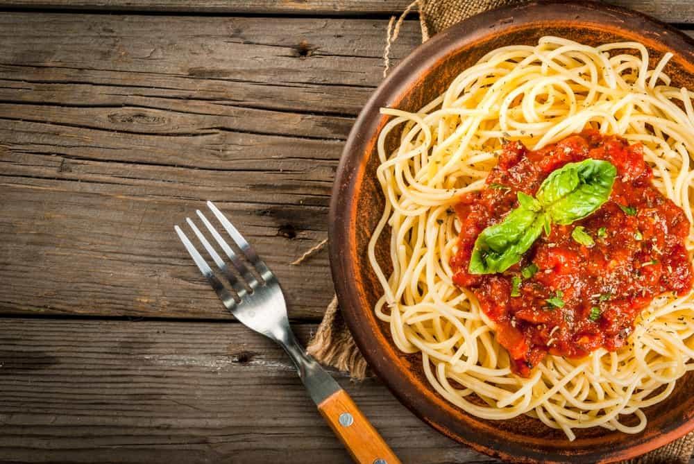Pasta with red marinara sauce