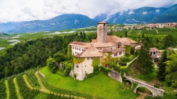 Another aerial view of the castle, also showcasing the greenery surrounding it. Images courtesy of Toptenrealestatedeals.com.