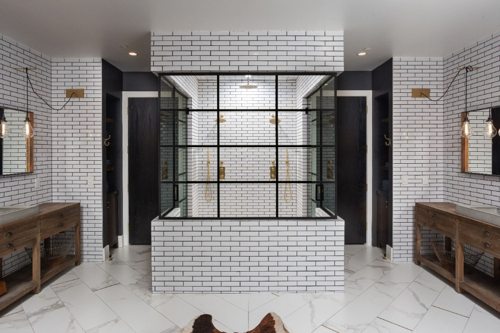 A much focused look at the bathroom's stylish walk-in shower room. Images courtesy of Toptenrealestatedeals.com.