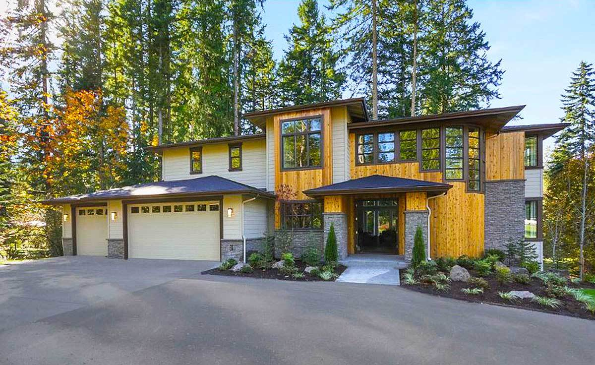 Two-Story 3-Bedroom Northwest Home