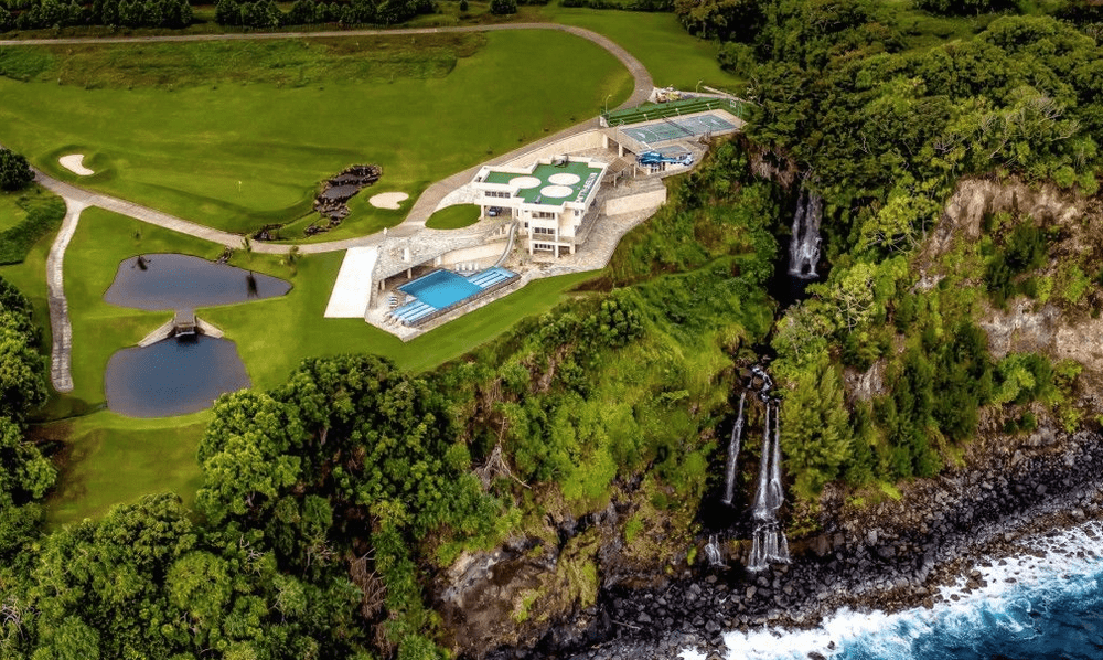 Aerial view of the Water Falling Estate and the surrounding falls. Image courtesy of Toptenrealestatedeals.com.