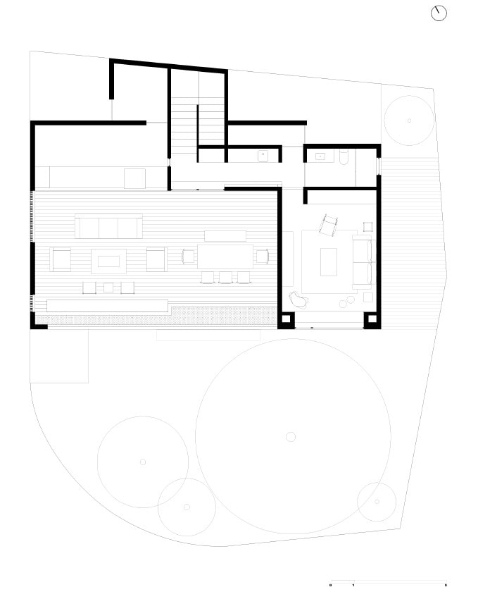 This is an illustrative representation of the property showing the rooftop floor plan.