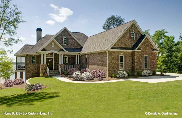 3-Bedroom Two-Story The Whitcomb Home