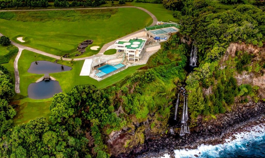 Aerial view of Justin Bieber's vacation home in Hawaii.