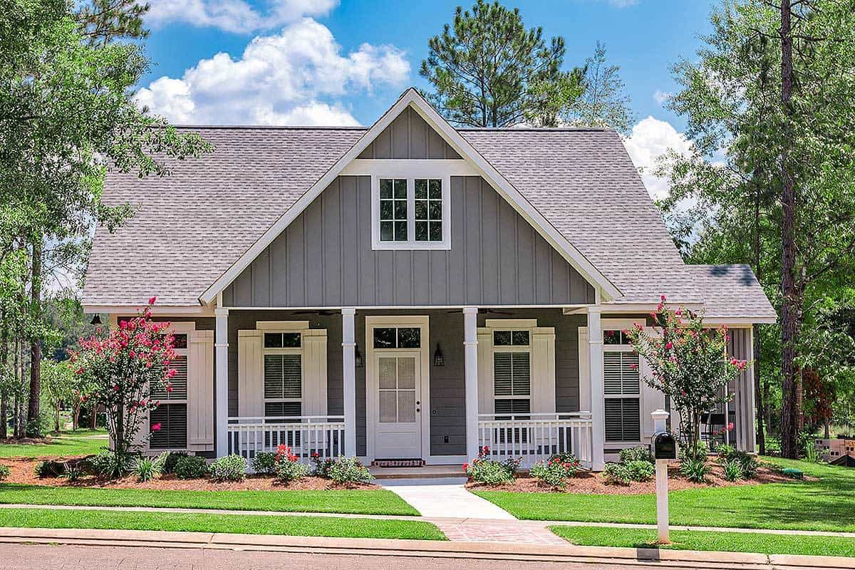 4-Bedroom Single-Story Compact Craftsman Home