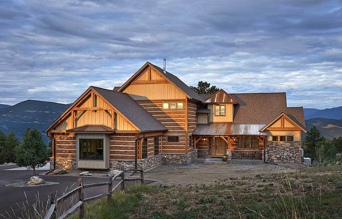 4-Bedroom Two-Story Mountain Style Home