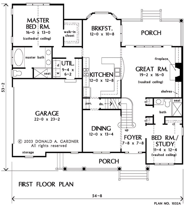 Main level floor plan showing the basement stairs.