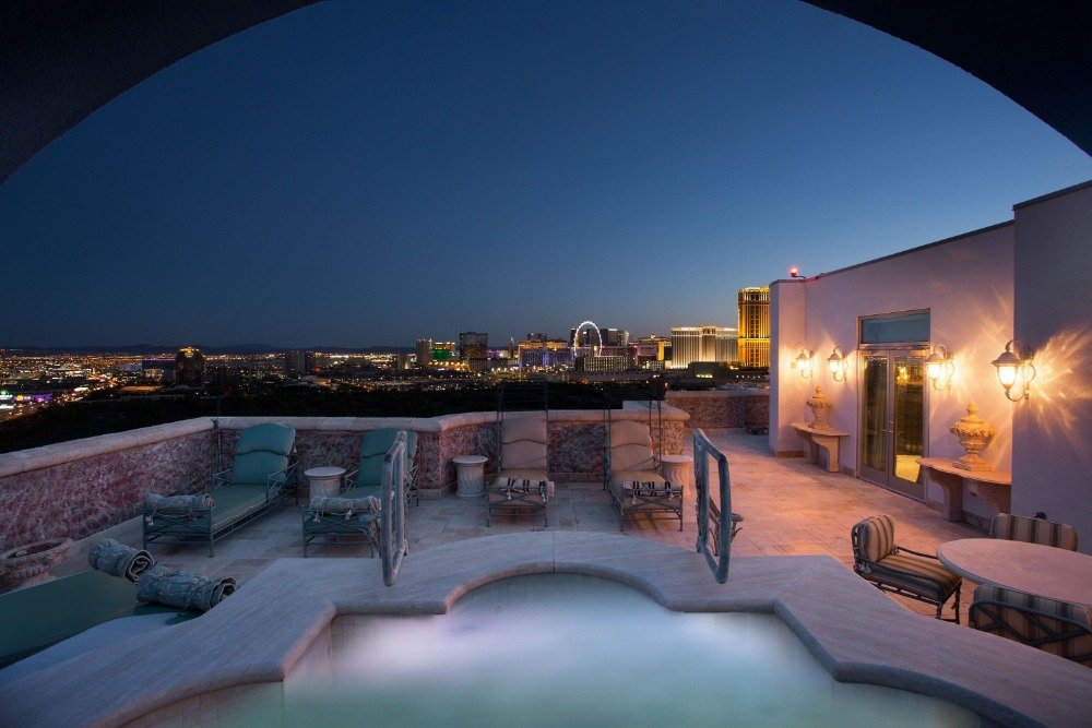 Here's a look at the home's custom swimming pool on the rooftop. Images courtesy of Toptenrealestatedeals.com.