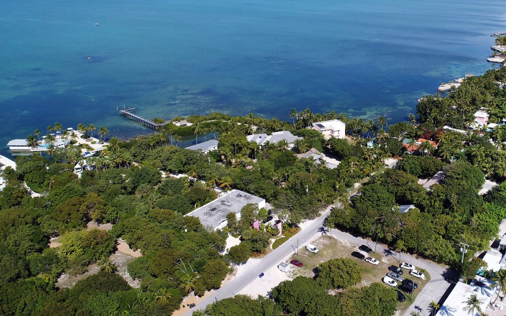 Bird's eye view of the neighborhood facing the ocean front. Image courtesy of Toptenrealestatedeals.com.