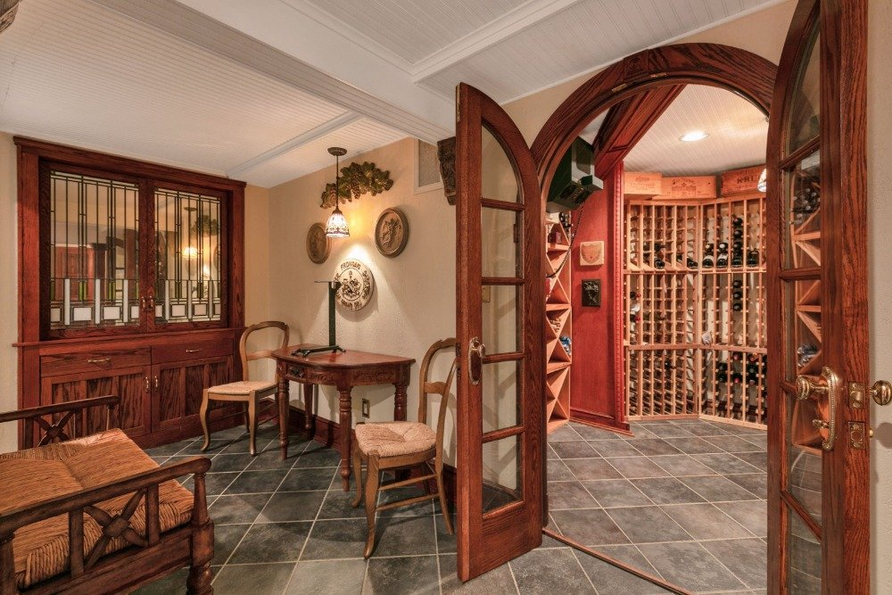 There's a sitting area just outside of the wine cellar. Image courtesy of Toptenrealestatedeals.com.