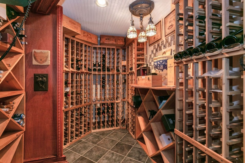 Closer look at the wine cellar that can hold up to 800 bottles. Image courtesy of Toptenrealestatedeals.com.