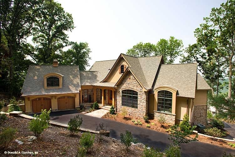 4-Bedroom Two-Story Rustic Style The Oak Abbey Home