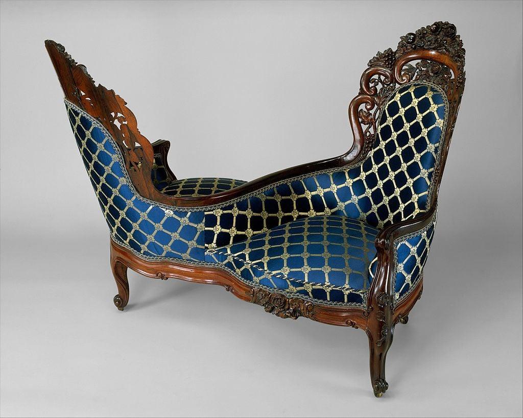 Tete-a-Tete Chair