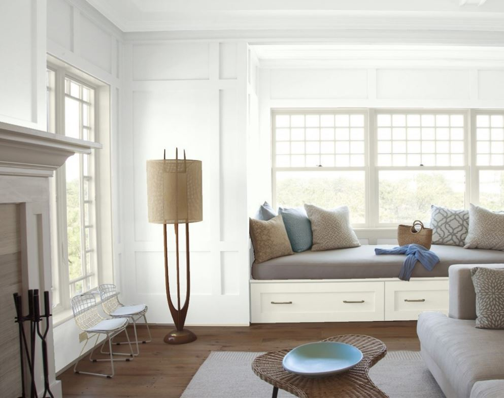 Chantilly Lace by Benjamin Moore