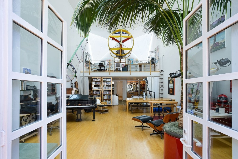 Here's the entry to this room with white French doors. Image courtesy of Toptenrealestatedeals.com.