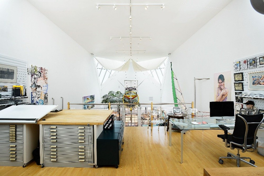 Another look at the home office with a set of office desk and chair along with a working table. Image courtesy of Toptenrealestatedeals.com.