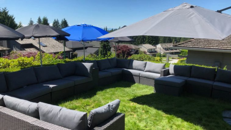 Front yard grass patio lounge