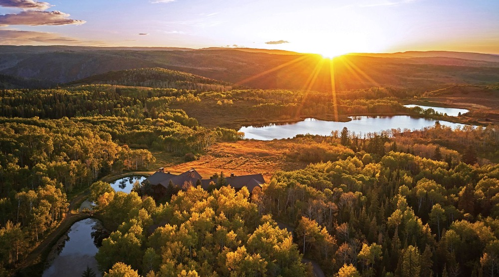 Bird's eye view of the breathtaking landscape during the sunset. Image courtesy of Toptenrealestatedeals.com.