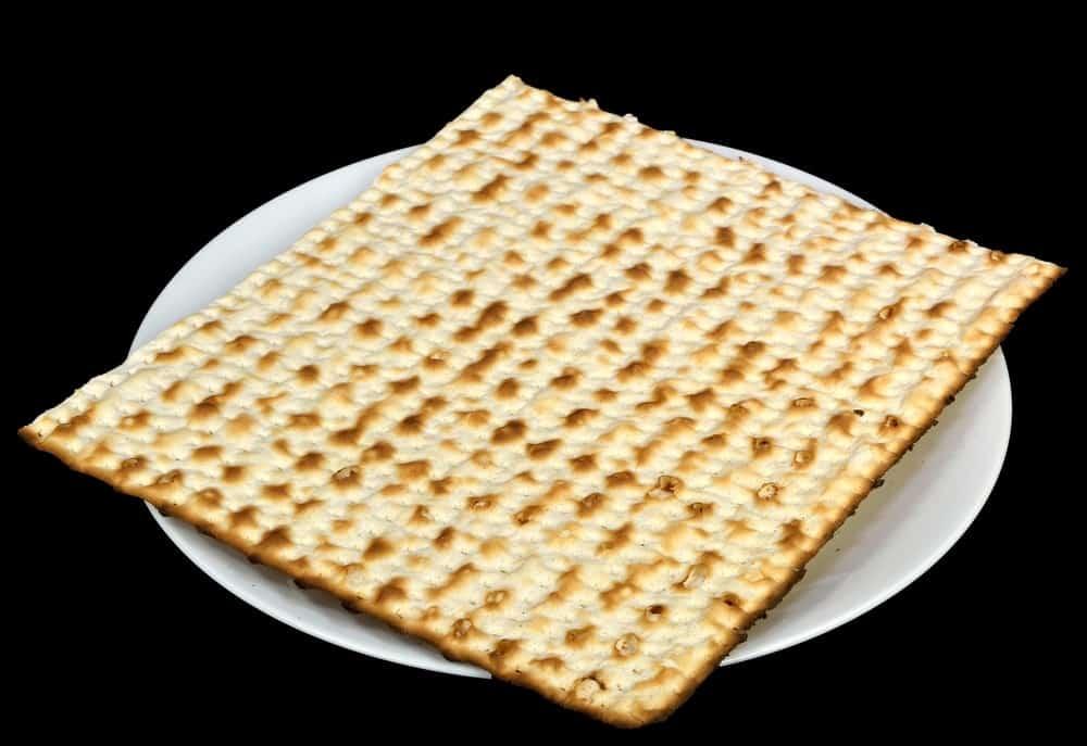 Matzo (Matzoh) bread on a plate.