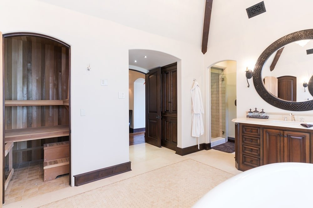 This is the other view of the bathroom from the vantage of the bathtub. You can see here the arched entryway on the far side. Image courtesy of Toptenrealestatedeals.com.