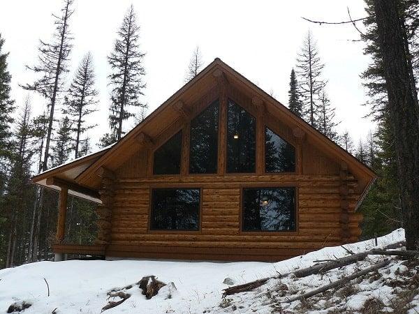 Two-Story 1-Bedroom Log Cabin Retreat