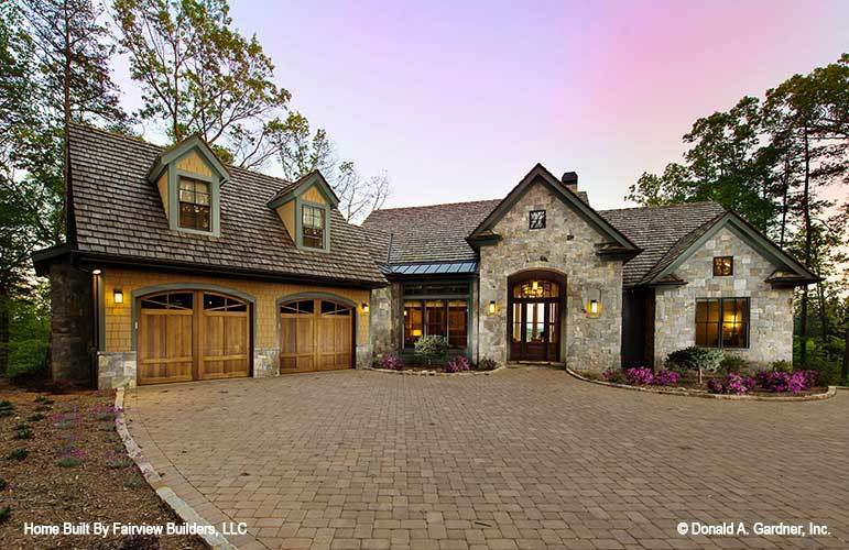 Two-Story 4-Bedroom Rustic Style The Laurelwood Home