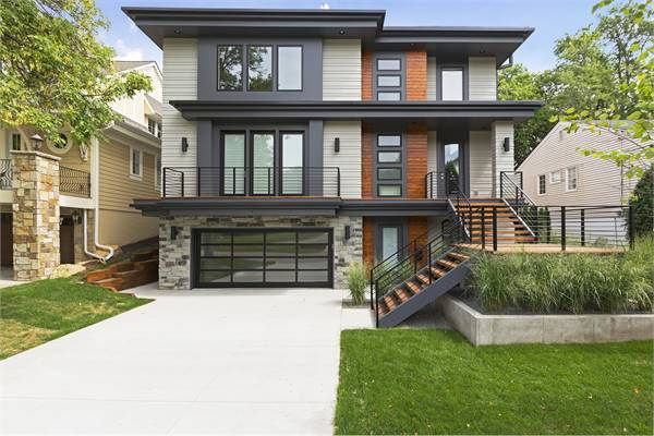 Two-Story 5-Bedroom Modern Pacific Southwest Home